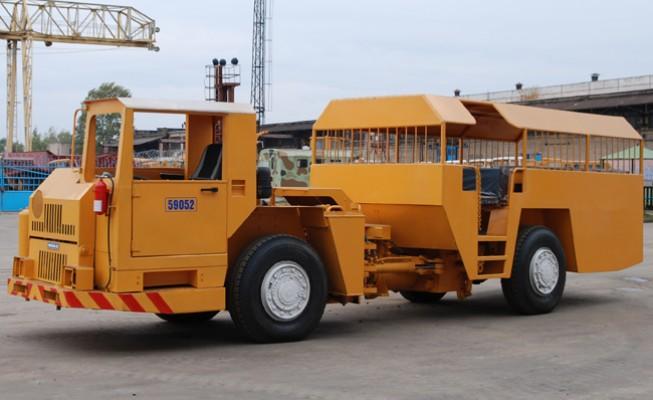 МОАЗ 5905